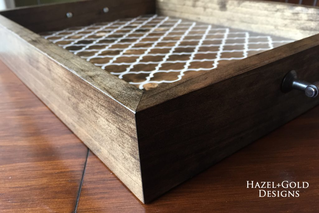 wooden serving tray - finished corner view