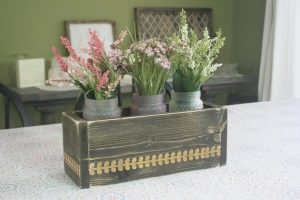 flower box centerpiece - easy diy flower box
