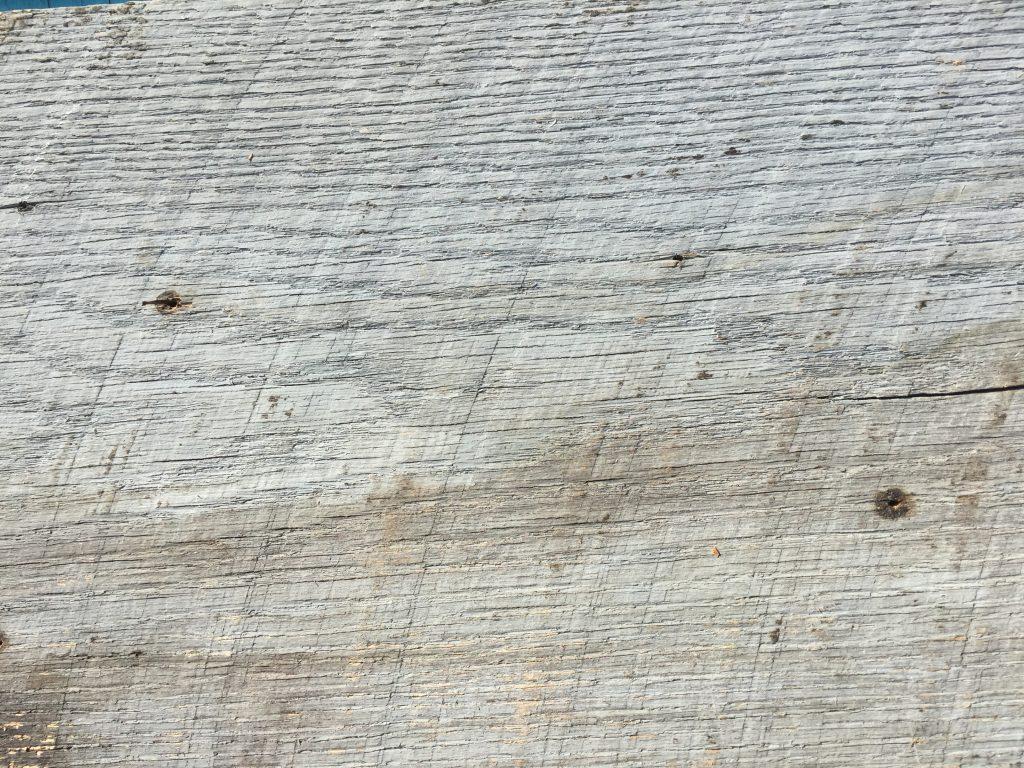 white reclaimed barn wood