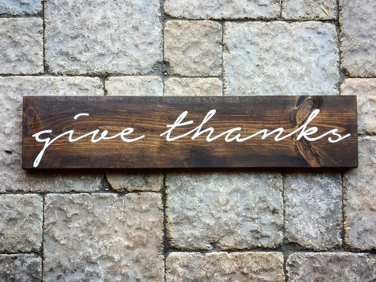 DIY 'Give Thanks' wood sign