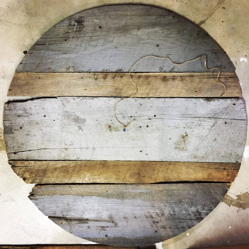 reclaimed barn wood cut in circle