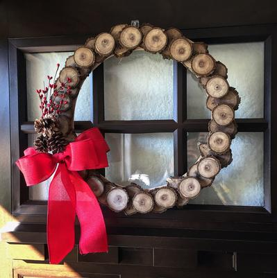 the jawnshop wood slice wreath