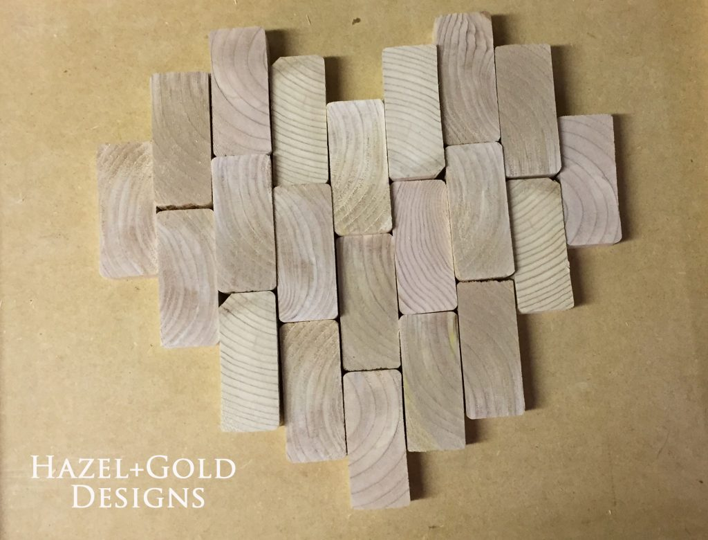 wooden heart decor - choosing layout