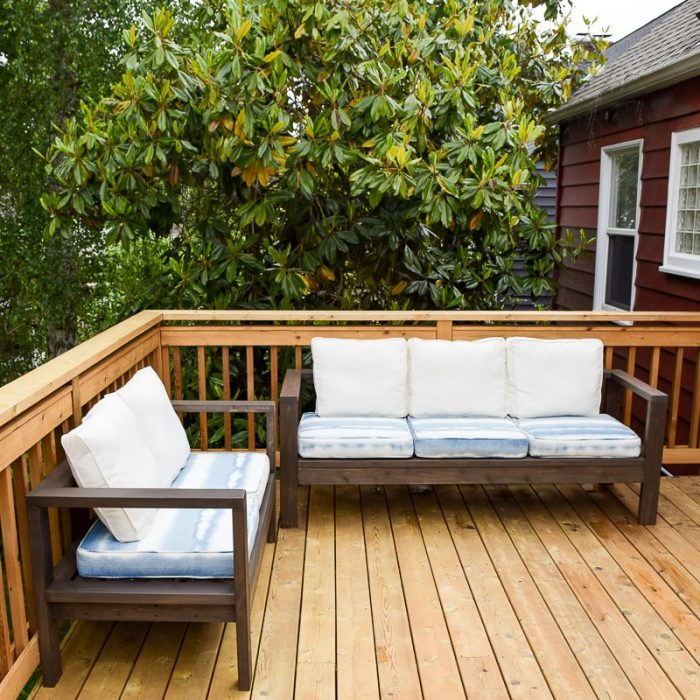 Handymans Daughter Outdoor Sofa and Loveseat