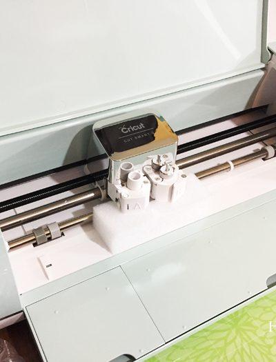 cricut intro - front of machine700