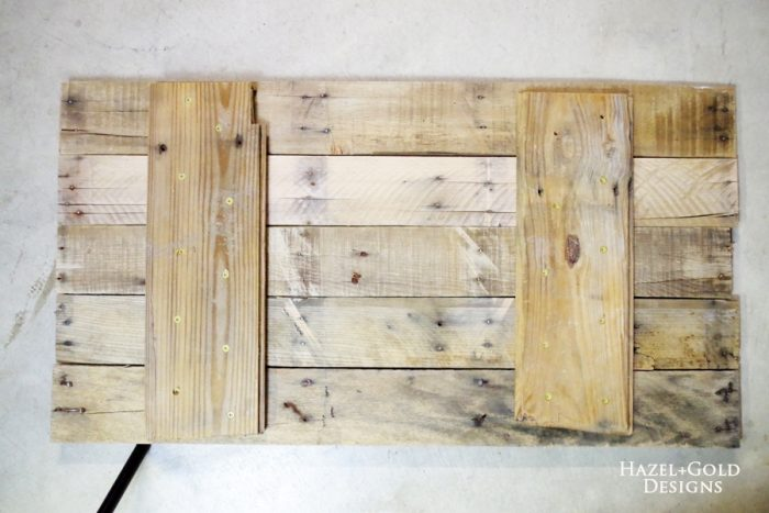 DIY Rustic Pallet Wood Flag - assembling boards on back