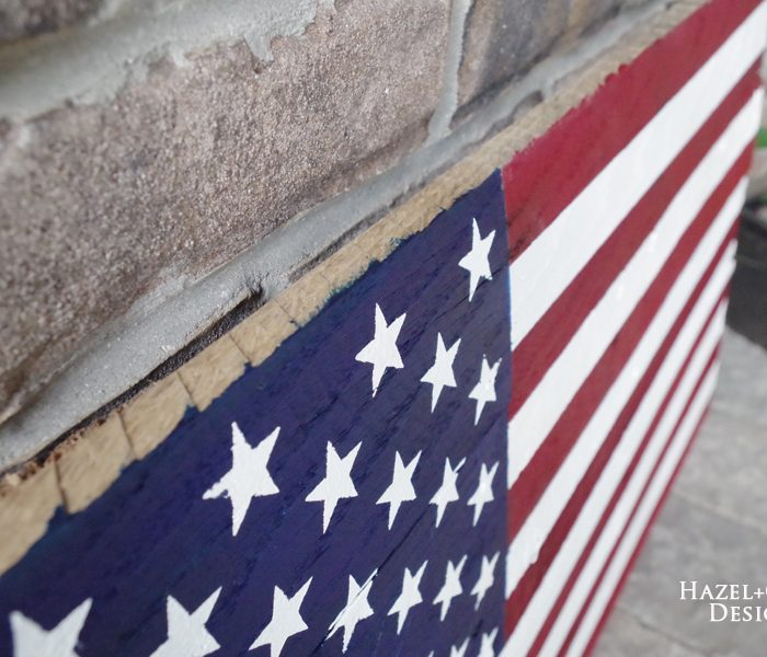 DIY Rustic Pallet Wood Flag