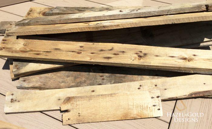 DIY Rustic Pallet Wood Flag - pallet boards