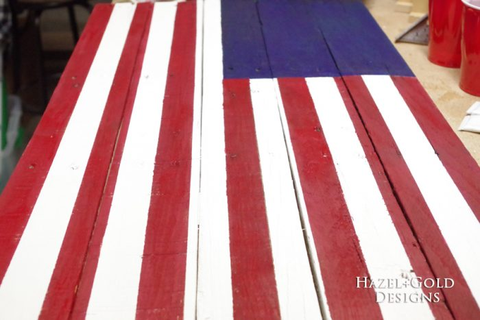 DIY Rustic Pallet Wood Flag - stripes
