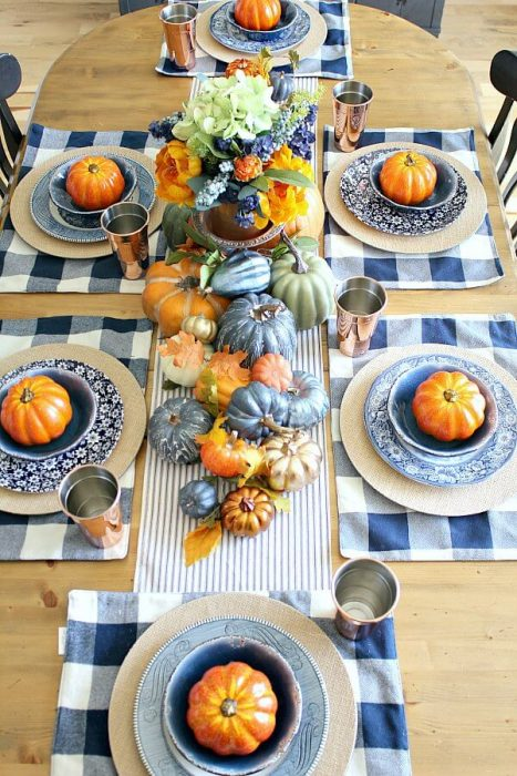 Copper-and-Navy-Fall-Farmhouse-Tablescape-3
