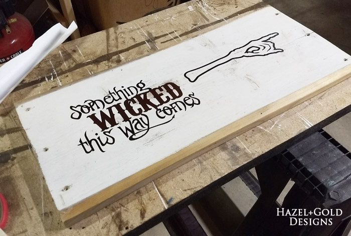 something wicked this way comes halloween sign- applied black vinyl to sign