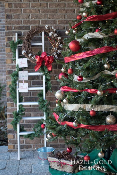 DIY Decorative Ladder- christmas decor finished
