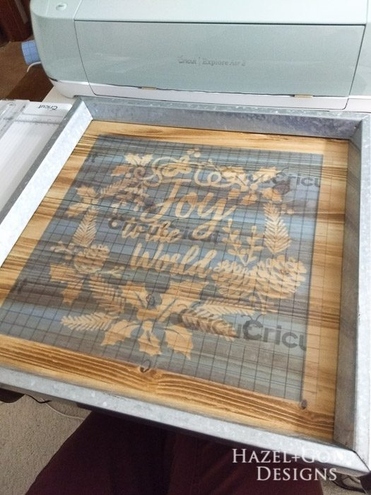 DIY Joy to the World Wooden Sign- stencil vinyl securely on wood