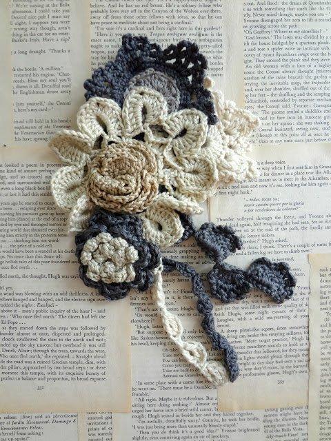 olwen crochet brooch