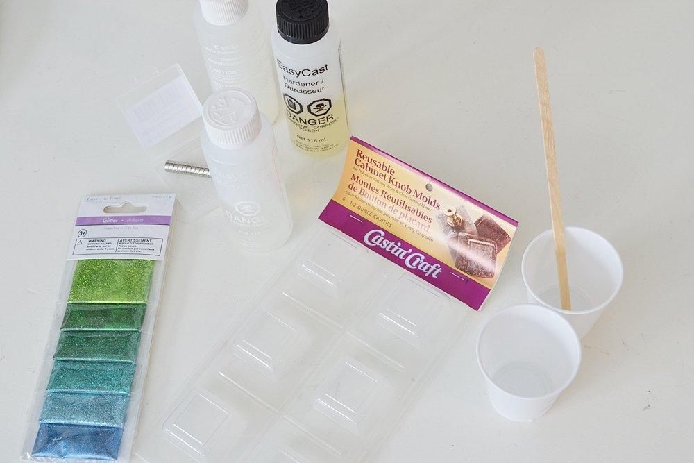 DIY epoxy resin fridge magmets