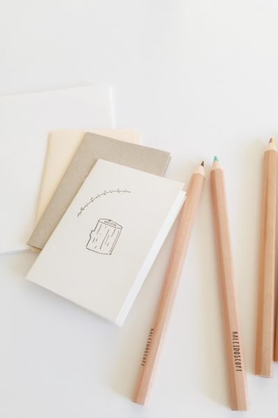 On today's tutorial I'm going to show you how you can create you own mini coloring books and sketchbooks with few materials and in a simple step-by-step video tutorial. I hope you enjoy it!