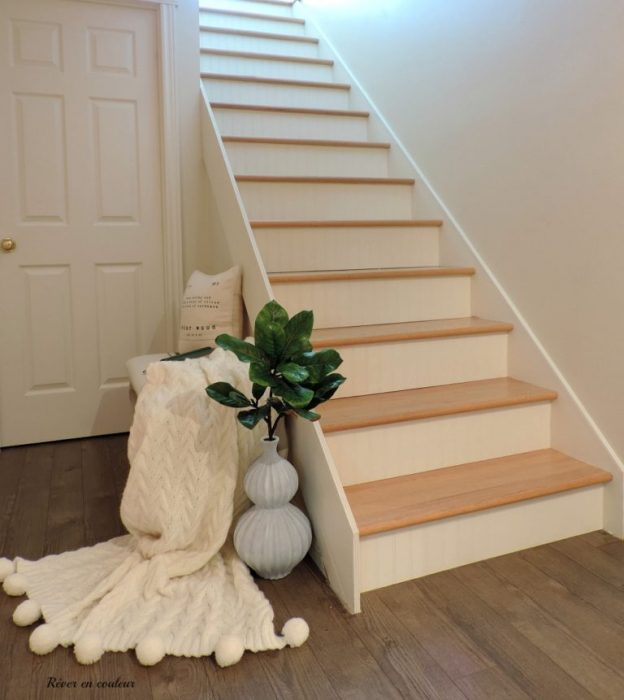 Basement Stair Makeover before and after by Rever en Couleur