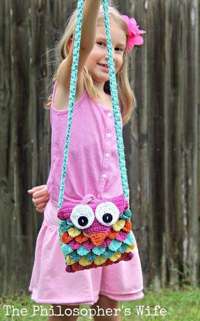 featured this Crochet Owl Purse pattern by The Philosopher's Wife at our To Grandma's House We Go DIY, Crafts, Recipes and more Wednesday Link Party this week!