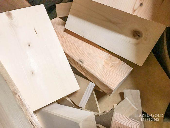 DIY Patio Table Drink Holder - scrap wood box