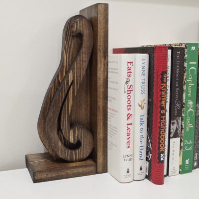 DIY Beautiful Wooden Bookends - finished vertical