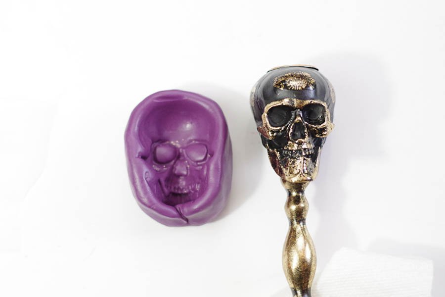 How to Make a Skull Mold - remove from putty