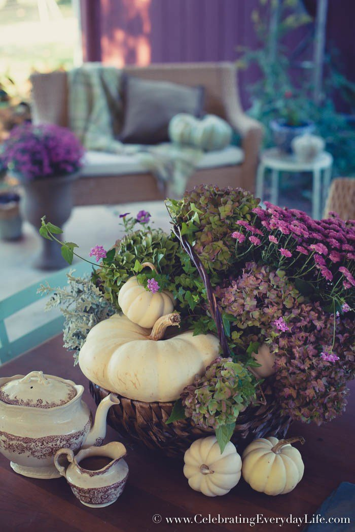 How-to-Make-an-Easy-Purple-Fall-Floral-Arrangement-8