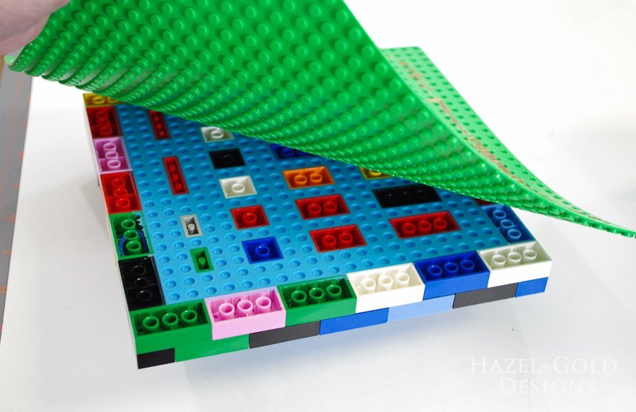 DIY Lego Mold- peel off lego base plate