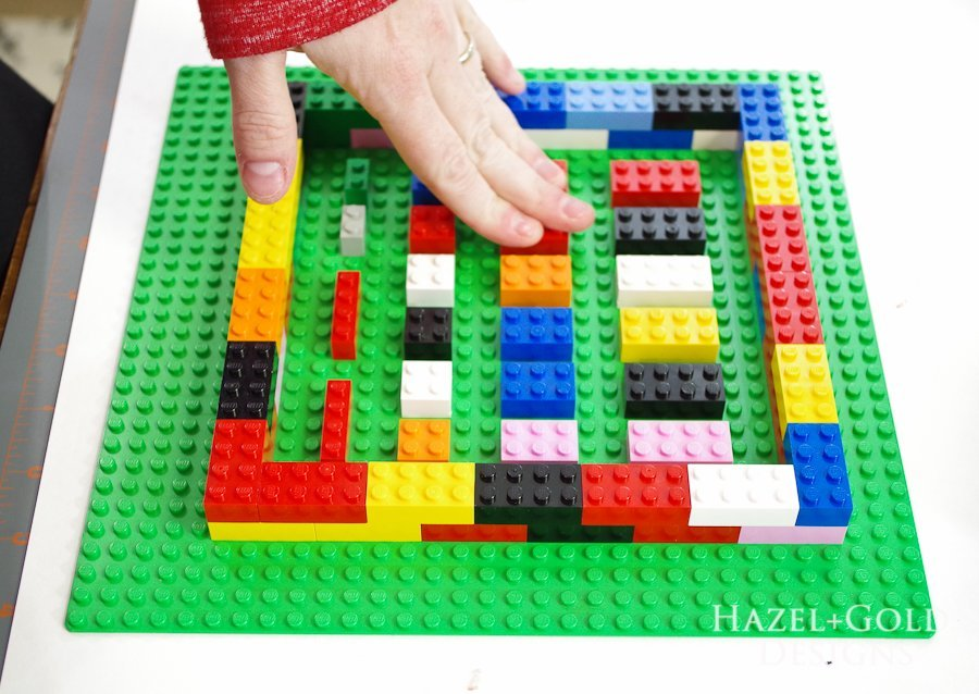 DIY Lego Mold-use all different sizes of legos