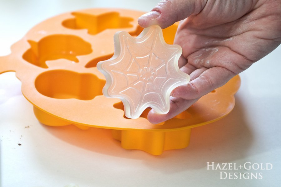DIY Halloween Tic-Tac-Toe Game - remove resin pieces from mold