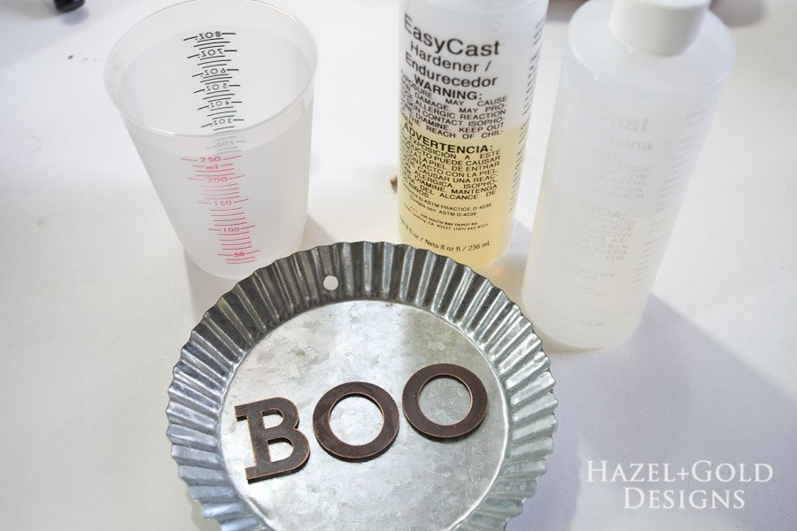 """Boo"" Decorative Galvanized Hanging Tin DIY Tutorial - resin supplies"