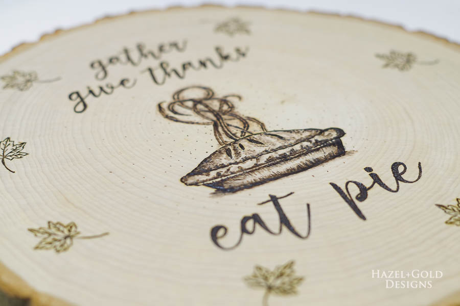 DIY Reversible Holiday Wood Slice Sign using Pyrography- thanksgiving design