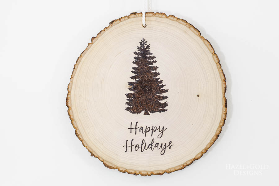 DIY Reversible Holiday Wood Slice Sign using Pyrography- finished Christmas design