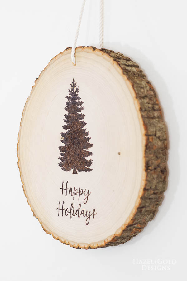 DIY Reversible Holiday Wood Slice Sign using Pyrography- finished Christmas design2