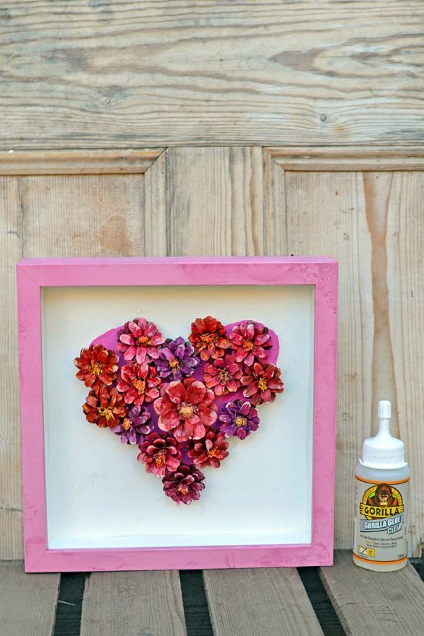 pinecone-flower-heart-decoration-ggs