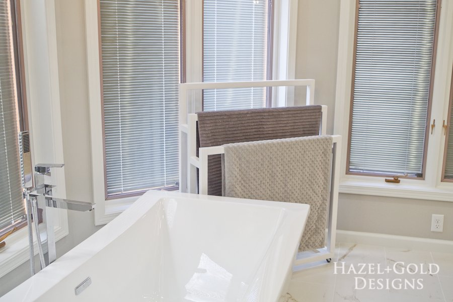 Mobile DIY Towel Rack - horizontal photo from left of bathtub