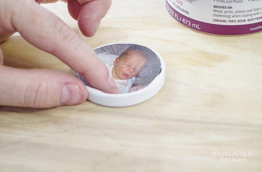 how to make photo magnets with resin - place small circle photo inside of bottle lids