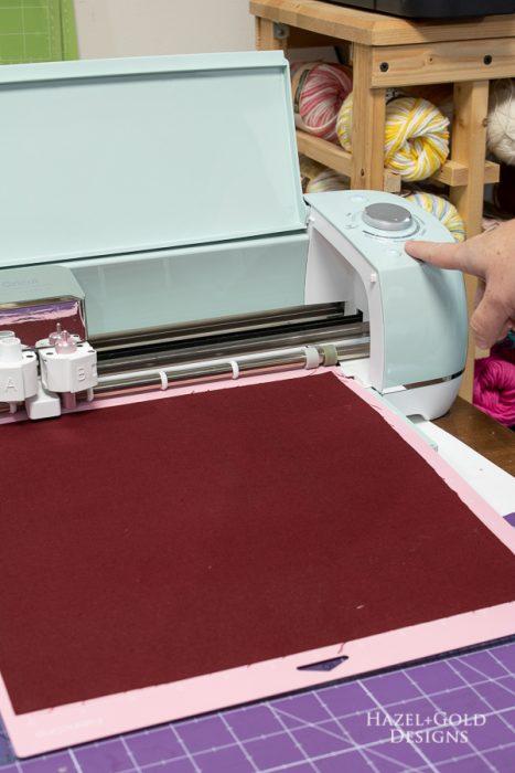 cut fabric with cricut explore air 2