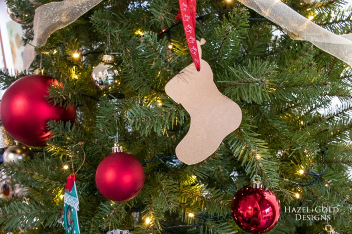 simple stocking gold scroll saw ornament